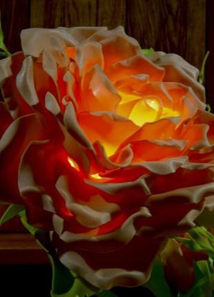 Ростовые цветы из изолона