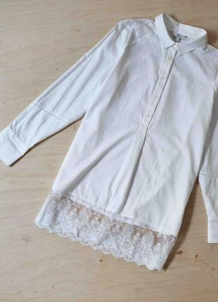 Нарядная  белая блузка  удлиненная рубашка  с кружевом next