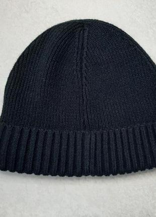 Вязаная шапка tcm