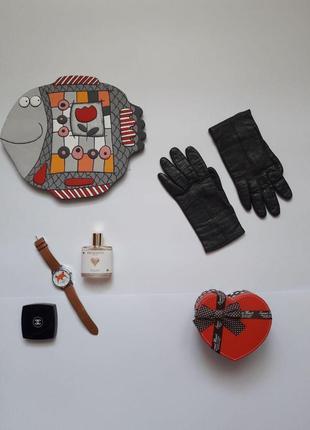Добротні красиві шкіряні рукавиці , перчатки