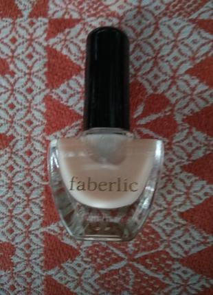Укрепляющее средство для ухода за ногтями faberlic