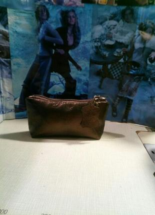 Маленькая косметичка в сумочку,из натуральной кожи