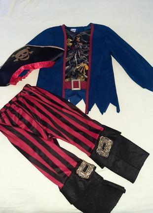 Карнавальный костюм пирата 3-4 года.