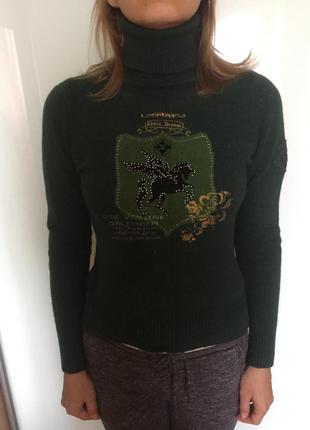 Тёплый свитер от axara m