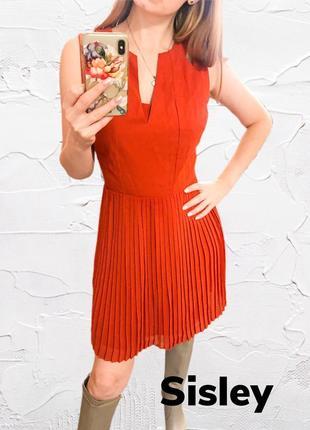 Аккуратное платье sisley