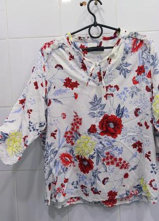 Натуральная красивая блуза в цветочный принт