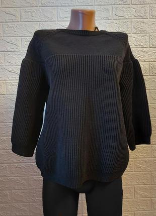 Cтильный черный свитер джемпер cos с объемными рукавами хит cos