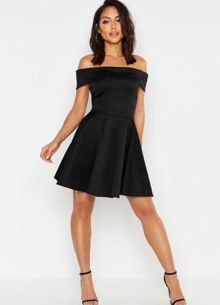 Boohoo платье чёрное новое с открытыми плечами большое батал