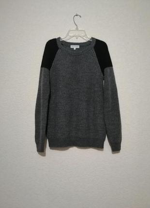 Мохеровый свитер от moss copenhagen, в составе шерсть альпаки)
