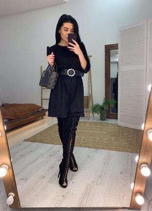 Замшевое платье с поясом. стильное, черное. бордовое хак. чёрное