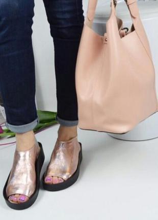 Стильные босоножки сандалии