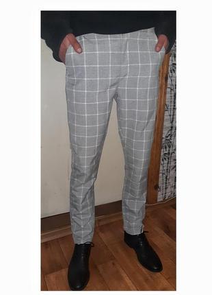 Мужские зауженные брюки в клетку