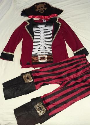 Костюм пирата 3-4 года.