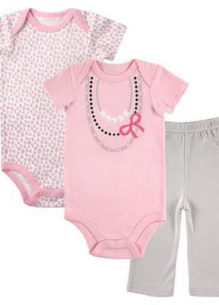 Luvable friends комплект для девочки, боди, штаны, на 6 -9 месяцев, с рисунком