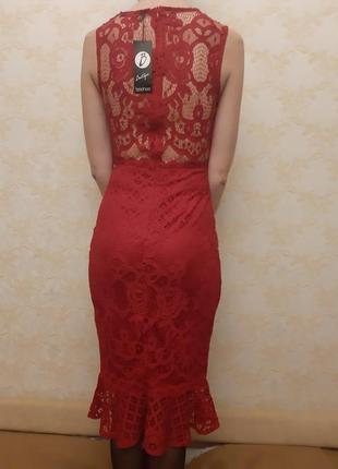 Фирменное коктейльное платье