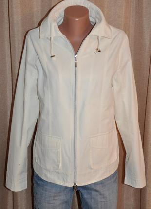 Весенняя курточка-ветровка