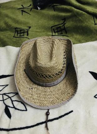 Шляпа солом'яная