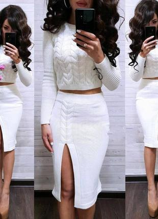 Тёплый вязаный костюм юбка с укороченной кофтой сол