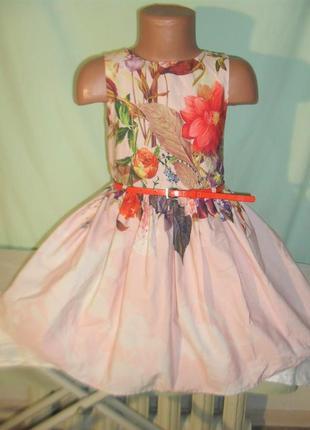 Нарядное платье на 5лет рост 110