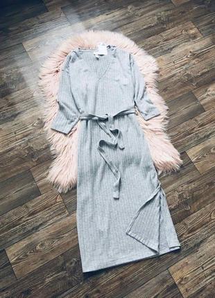 Стильное мягенькое миди платье с поясом