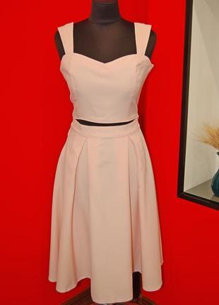 Крутой стильный костюм топ и юбка, новый