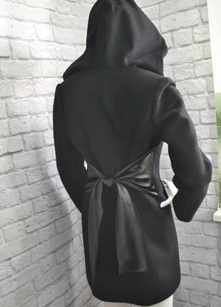 Пальто кашемировое с атласными вставками, р. m, б/у шерстяное