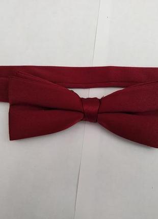 Бордовый галстук бабочка