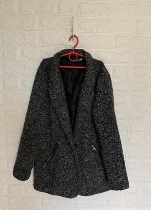 Женское пальто удлинённый тёплый пиджак оверсайз