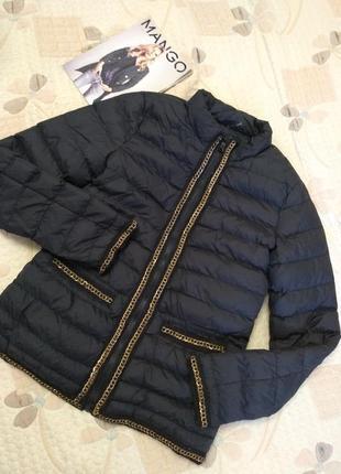 Легкий пуховик , куртка с цепями
