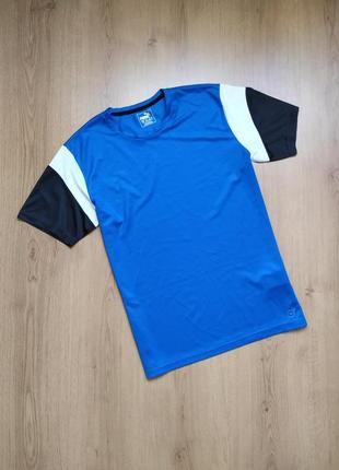 Спортивная футболка от puma