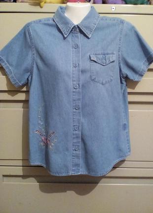 Рубашка из облегченного денима с вышивкой basic editions р-р 40-42