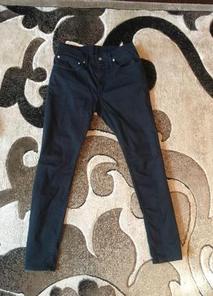 Темно сині штани levis