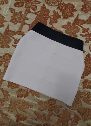 Стильная красивая юбка пудрового цвета miss selfridge, сост. отличное. размер 10. сток!
