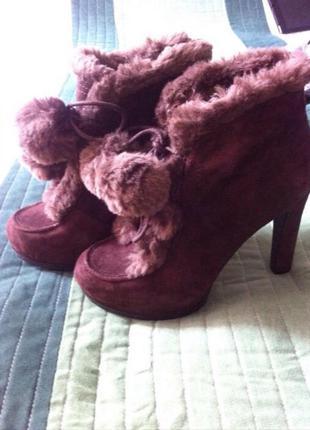 Продам ботинки nine west