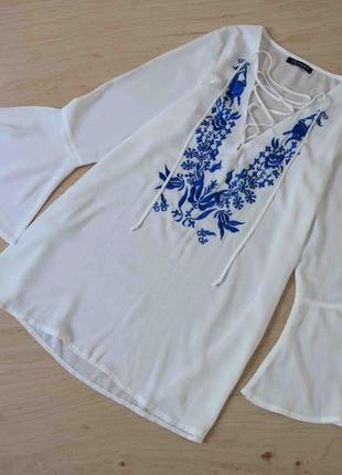 Блузка кофта  вышиванка   qeure