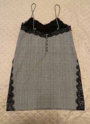 Коротке вечірнє плаття