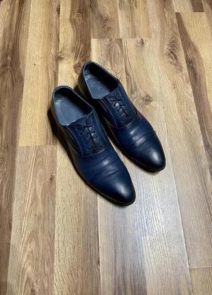Мужские классические туфли (дерби) venga