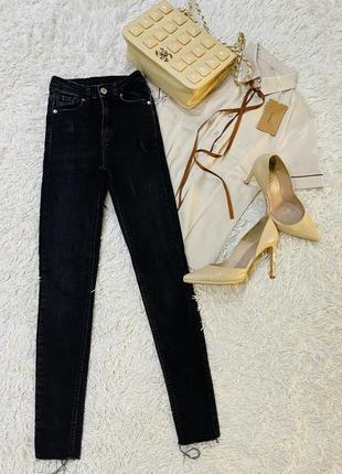 Брендові джинси цупкі і якісні tally weijl розмір 32/хс розпродаж 199 грн