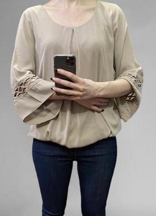 Блуза свободного кроя с резинкой снизу