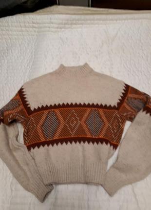 Мега-теплый свитер.