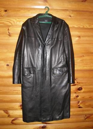 Кожаный длинный мужской плащ-кожаное пальто нugo boss 52-54 р.