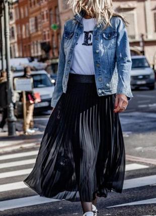 Шифоновая юбка плесированая черная