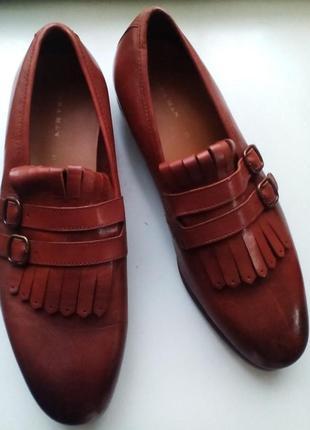 Zara кожаные туфли, лоферы. натуральная кожа.