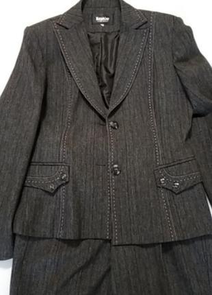 Пиджак, брюки, блузка 44