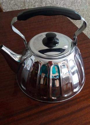 Новый советский качественный хромированный чайник  на 3 литра.