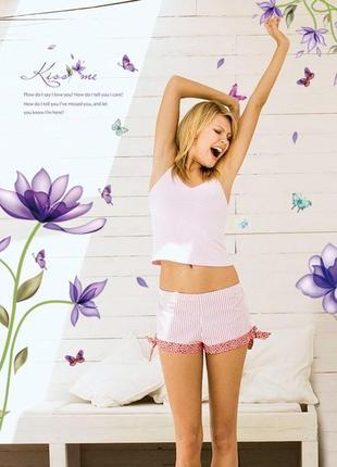 """Виниловая интерьерная наклейка-стикер на стену """"фантазийные цветы"""""""
