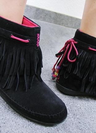 Ботинки сапожки замшевые adidas