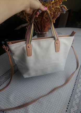 Красивая белая сумка david jones