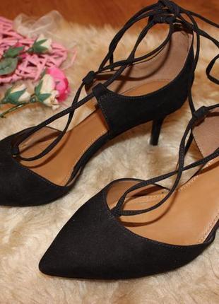 Стильные туфли босоножки next