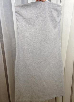Короткое платье по фигуре